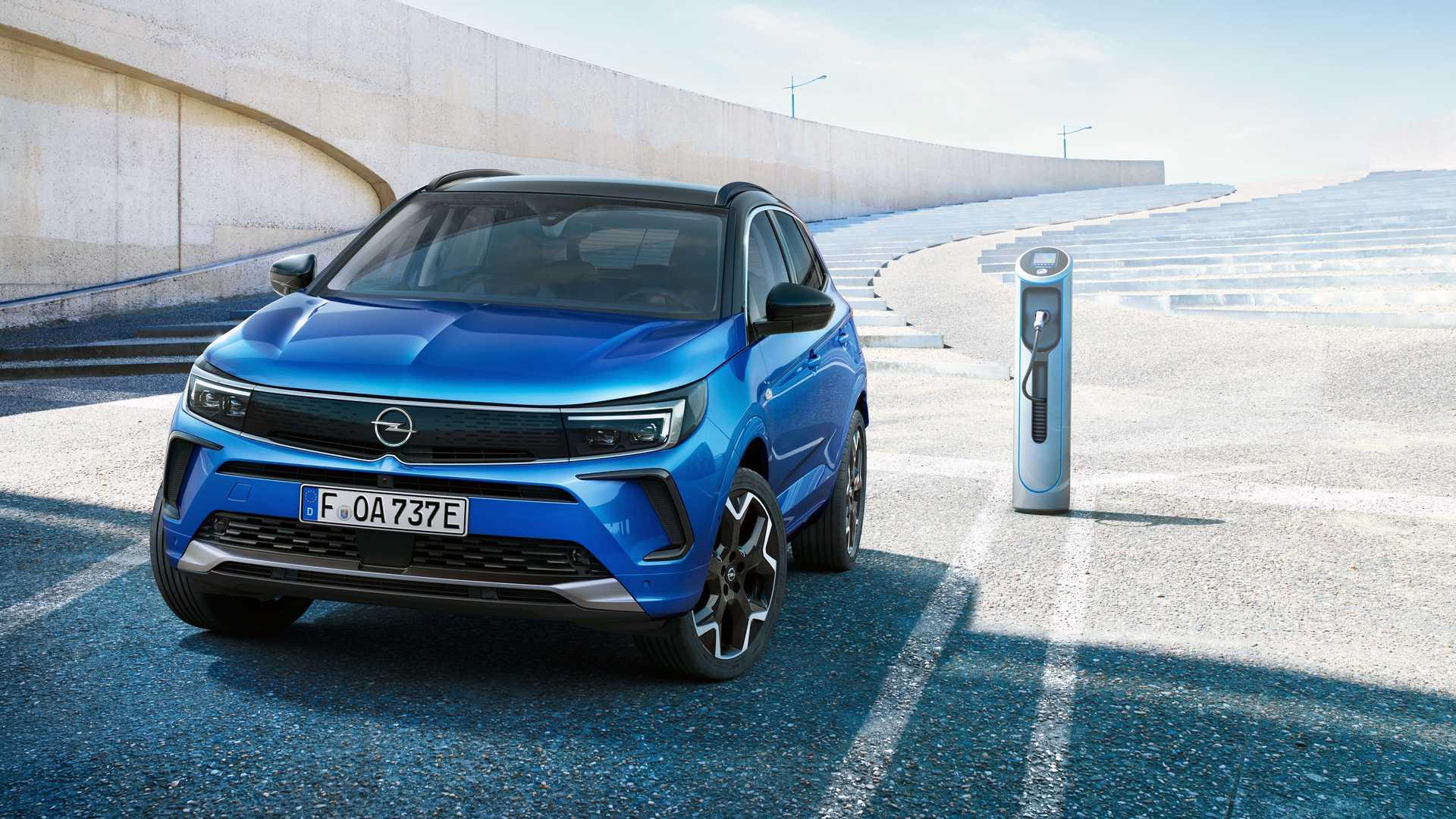 2022 Opel Grandland PHEV - Frontale